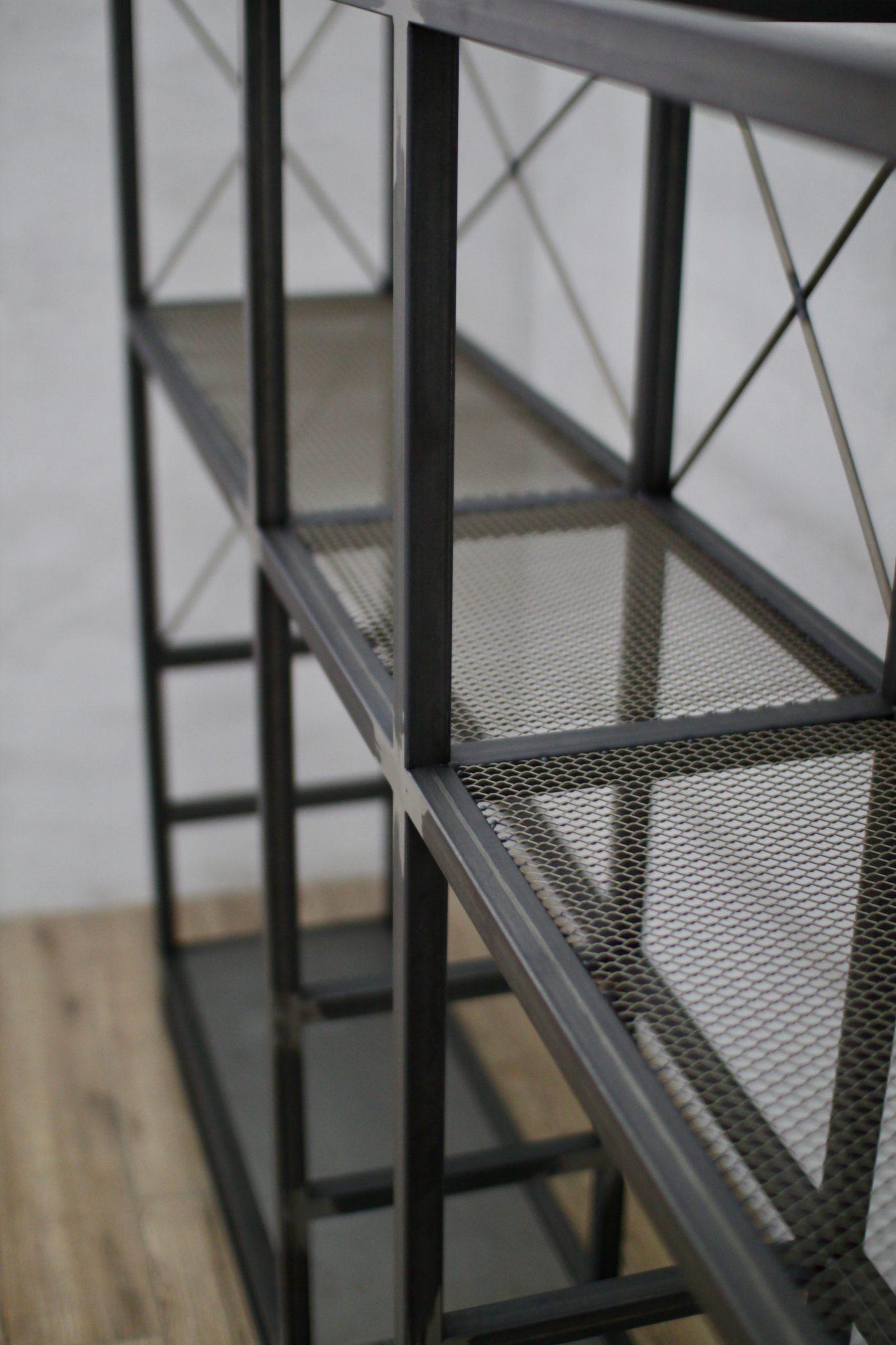 konstrukcje spawane na zamówienie, meble loftowe, meble metalowe, meble industrialne, loft,