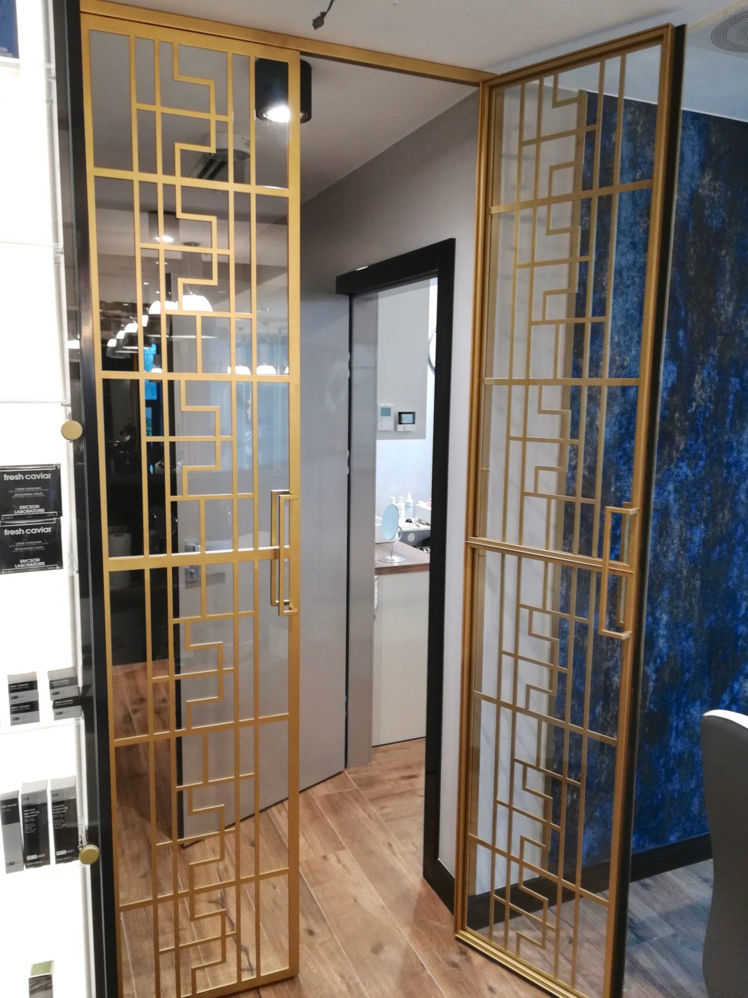drzwi loftowe, drzwi loftowe przesuwne, icon loft, drzwi industrialne, drzwi industrialne przesuwne, drzwi metalowe, drzwi przeszklone, ścianka przeszklona