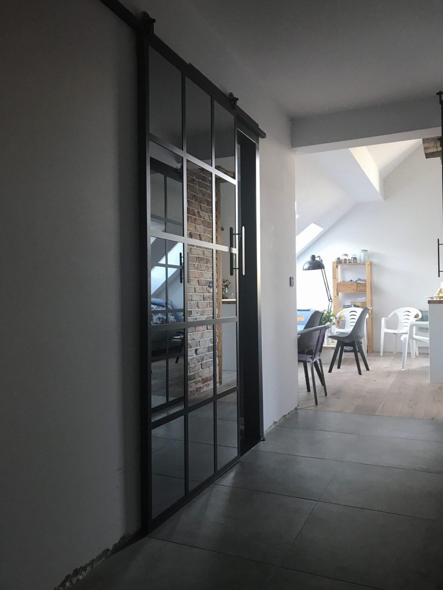 drzwi przesuwne szklane Icon LoftIcon Concept, drzwi kute, drzwi metalowe, drzwi metalowe loftowe, drzwi wewnętrzne, wrocław, dolnośląskie, LOFT, drzwi loft, drzwi metalowe loft, kowalstwo, okna metalowe industrialne, witryny metalowe industrialne