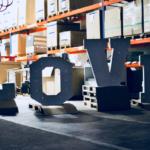 litery 3d , napis love, świecące litery, świecący napis, litery retro, litery vintage, napis rustykalny,