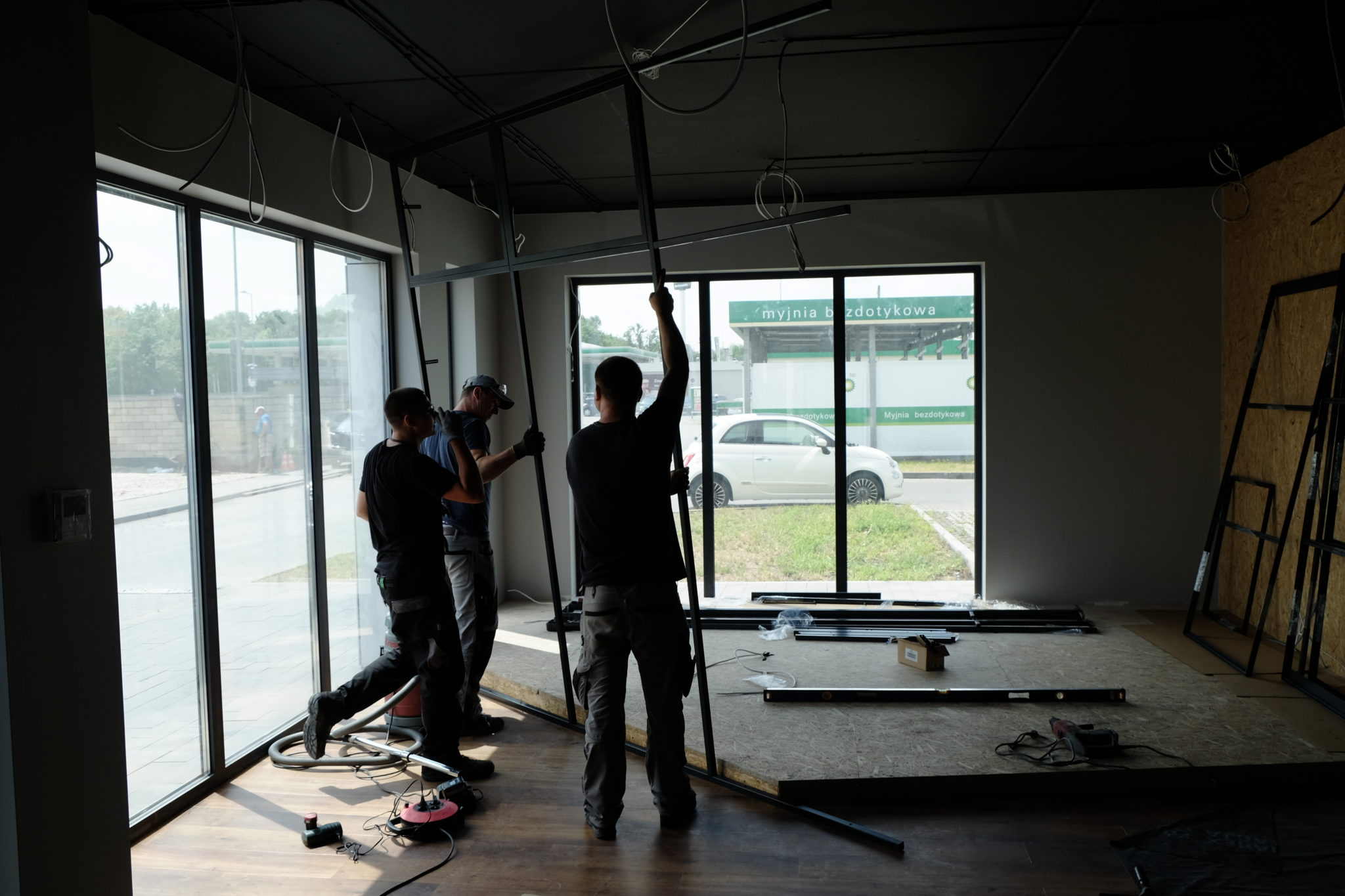 montaż drzwi loftowych